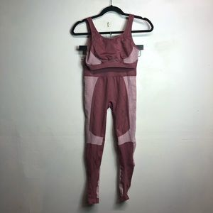 Demi fabletics lovato work out set pink XS